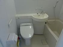 室内バストイレ(ウォシュレット設置)