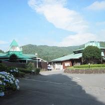 *外観/高崎市民に愛されている、自然の中の天然温泉です♪
