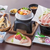 *料理(竹)/出汁が効いたあったかい釜飯が付いたグレードアップコース。豊富なおかずをご用意!