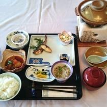 【朝食一例】しっかり食べて元気よく1日をスタート