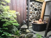 至福のひと時. Tsubara's out-door bath is amazing!