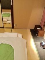 二階の2部屋、襖で仕切れます...Sliding doors between 2bedrooms