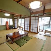 【和室15畳一例】2間続きの客室。ごゆっくりとお寛ぎください。