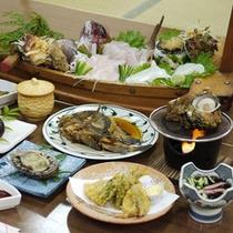 ◎その日に上がった新鮮な食材や専用いけすにある食材を、色んな調理法でお召し上がりいただけます。