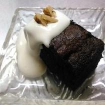【大好評】特製・手作りチョコケーキ