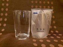 グラスは冷蔵庫内にご用意しております。