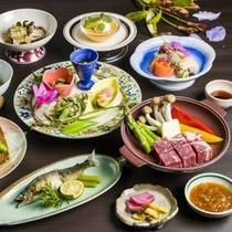 【夏の美食膳】最上の夏の味覚をふんだんに使用した風味豊かな料理が並びます
