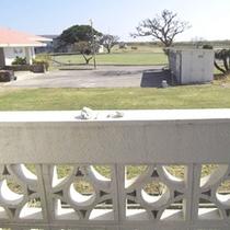 *ホテル客室から眺めた景色(一例)/のんびりとした時間が流れます。