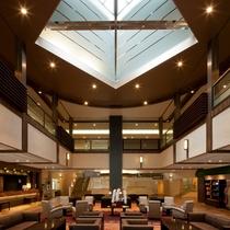 【ロビー】天井が高く、開放感のあるロビーです