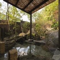 特別室「滝星」客室専用露天風呂
