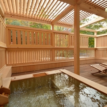 【211:東一華(あずまいちげ)】客室露天風呂