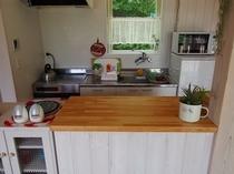 キッチン(白いコテージ)