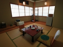 【6畳檜風呂付客室】食湯館
