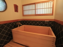 【客室檜風呂】食湯館 6畳和室