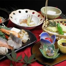 *スタンダード寄せ鍋コース一例/当館基本の和食膳。お好みで2種よりお選び下さい。