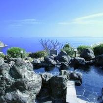 【露天風呂】絶景の朝日も望めます。