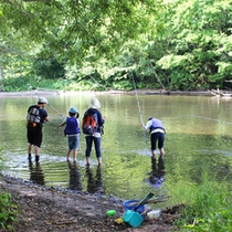 *夏/釣りや川遊びも出来る、自然豊富なロケーションです!