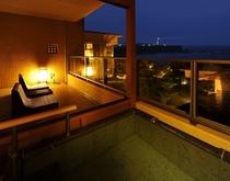 ホテル棟2階露天風呂