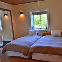 ◆デラックス洋室 207 2間続きのお部屋です