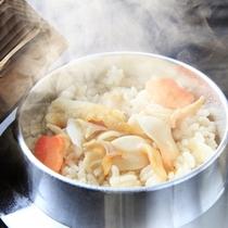 【冬】つぶ貝の炊き込みご飯