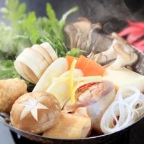 【秋】台の物~ハーブ鶏と茸の小鍋