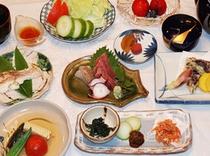 ある日の夕食(油はオリーブオイルを使用し、白砂糖・化学調味料は使用しておりません)