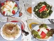 季節の地元野菜を使ったサラダバーは、手づくりドレッシングを添えてお替り自由