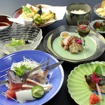 暑い夏にも食べやすく涼しげな京風料理に仕立ててます夏の涼風会席!