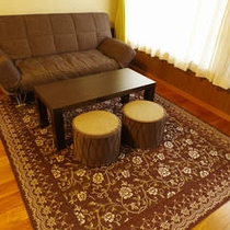客室ソファ