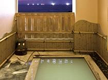 【温泉】露天風呂 季節により漁り火が灯ります