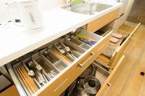 2階キッチン道具