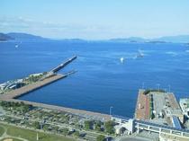 高松港からの瀬戸内海