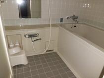 ホテル客室ツイン浴室