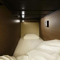 【ドミトリールーム】2段ベッド_カプセルルーム
