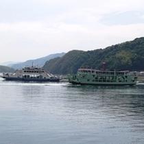 大崎上島と竹原を行き来する船舶