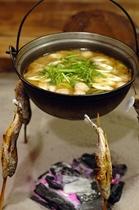 名物山の芋鍋