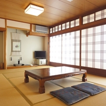 *和室12畳一例(月山)畳のお部屋でごゆっくりとお寛ぎください。