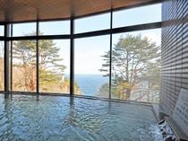 【展望大浴場】自慢の大浴場には男女ともにサウナ室も設置しております。