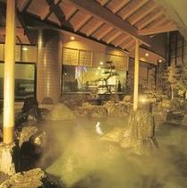 露天風呂 讃水 大浴場