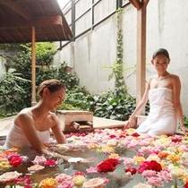 バラ風呂 (讃水館1階 女性)
