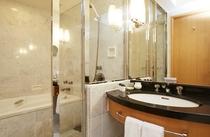 ■ハリウッドデラックスツインルームバスルーム