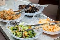 【北海道朝食バイキング】定番の和惣菜