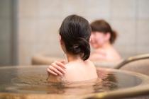 【みなぴりかの湯】露天風呂「壺湯」