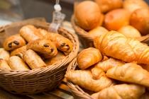 【北海道朝食バイキング】種類豊富なパン