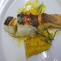 平スズキのソテー (ある日のメイン魚料理)