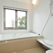 【206号室】晴れた日には海を眺めながらご入浴!お部屋のお風呂は温泉ではありません。