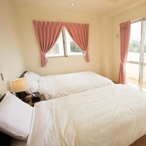 3階にはベッドルーム2部屋。合わせて6名様まで宿泊可能です。