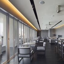 【プールサイドカフェ「ラ・ギャルリー」 】ご朝食会場にもなっております