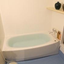 【205号室】2階リニューアル客室<バスルーム>