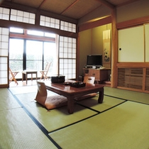 *【部屋】4名様までおくつろぎいただける純和風のお部屋です。